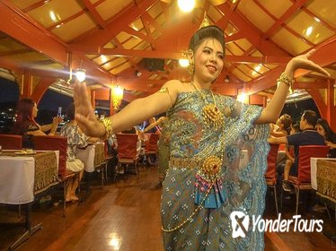 Wan Fah Dinner Cruise from Bangkok including Thai Dance & Musical Performance