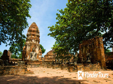 Ancient Temples of Ayutthaya Tour and River Cruise with Lunch
