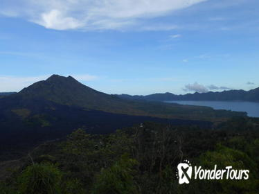 Batur Volcano Sunrise Trekking Natural Hot Spring Tour
