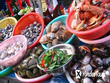 Hanoi Seafood Tasting And Walking Tour
