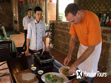 Hoi An Culinary Tour and Cooking Class with River Cruise