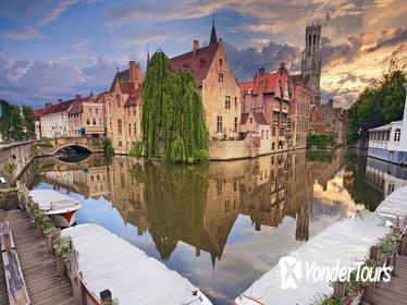 Bruges City Sightseeing Tour in Spanish