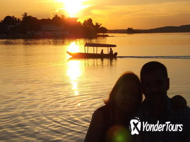 Day Tour to Peten Itzá Lake and Petencito Zoo