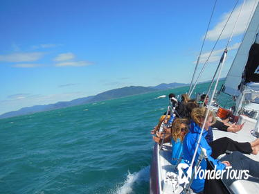 2-Day Whitsundays Sailing Adventure: Gypsy Dancer