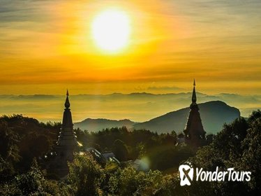 Doi Inthanon National Park with Short Trekking Tour